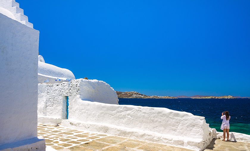 Diving into the Mykonos Allure – The Best Mykonos Excursions For Your Next Holidays